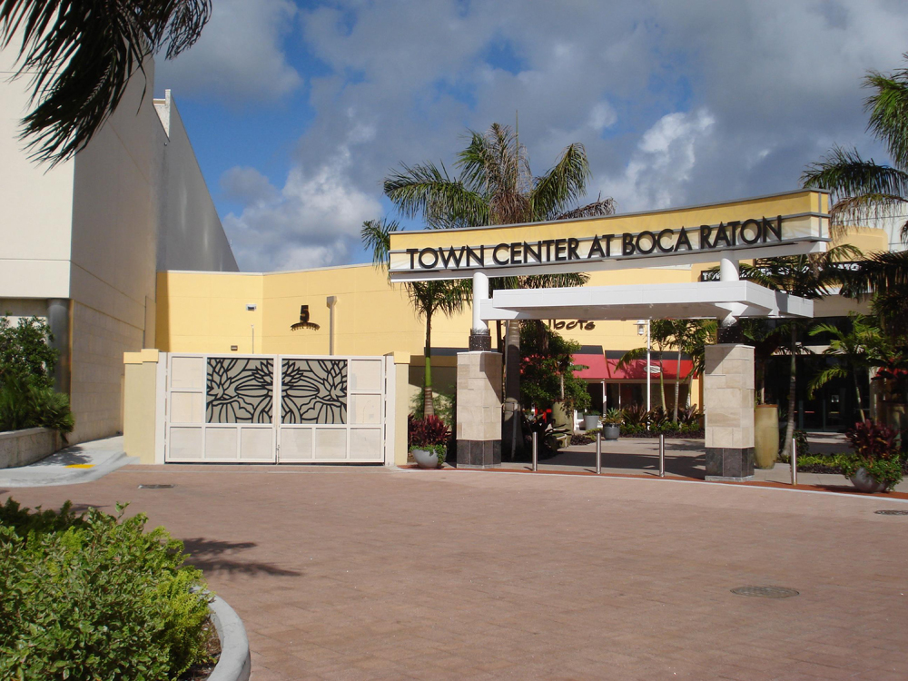 Town Center at Boca Raton, Boca Raton. 55K likes. Town Center at Boca Raton features an outstanding mix of upscale and elite specialty shops including an /5(K).