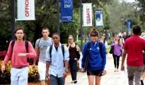 100812-lynn-students-5