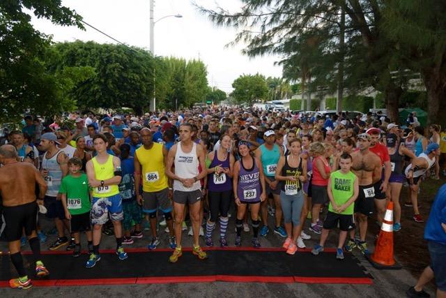 avda-race-for-hope-2015-runners-at-the-starting-line