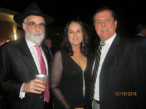 Rabbi Ruvi New, Lisa And Derek Vander Ploeg