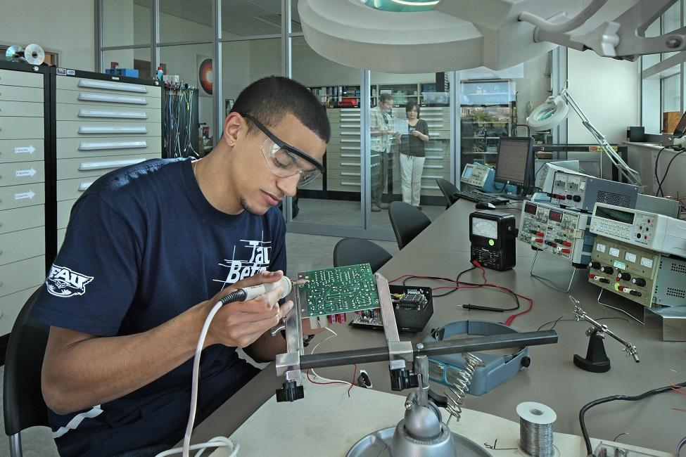 Computer Hardware Engineer Schools In Florida.Computer Engineer ...