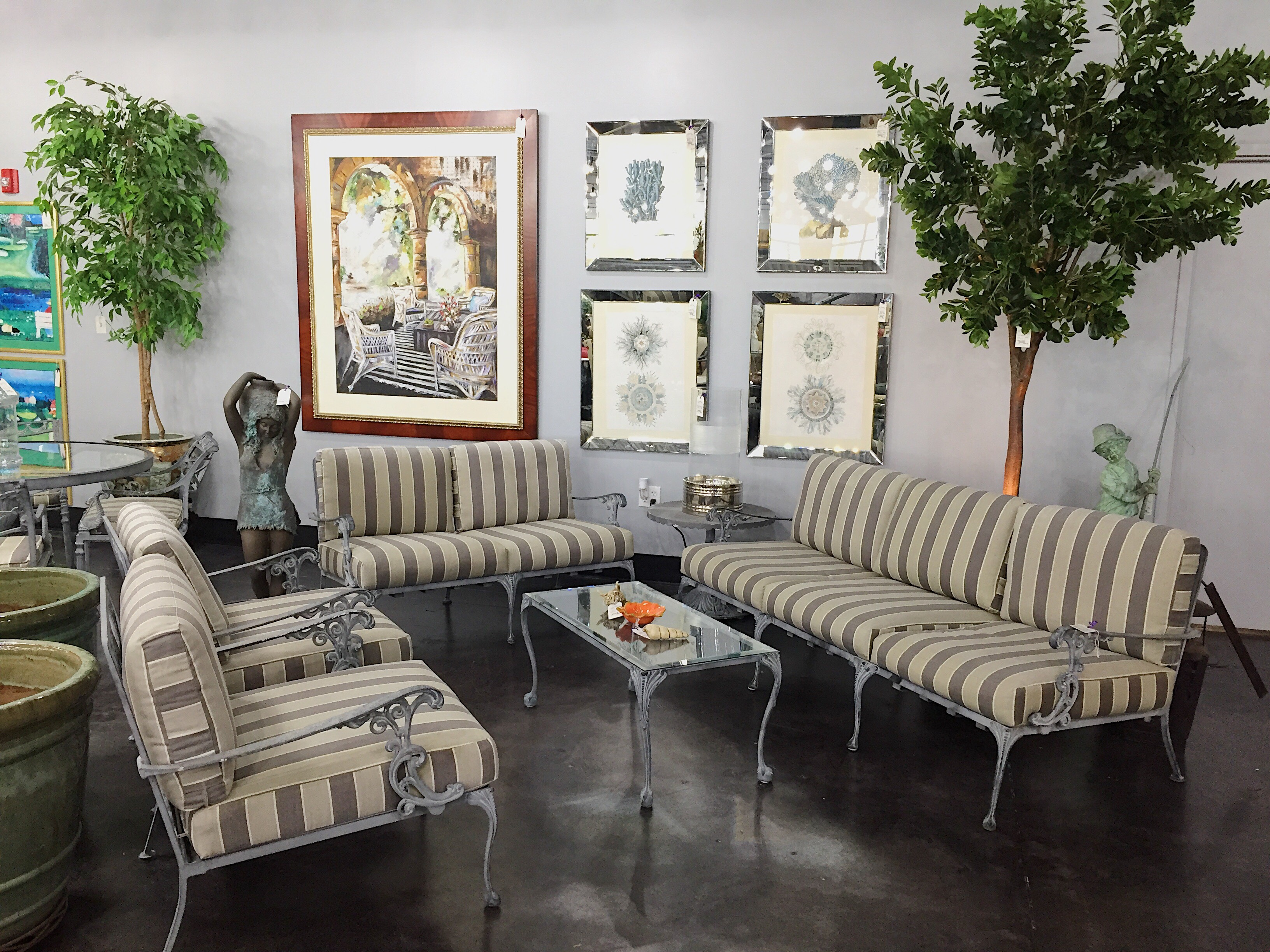There Is One Very Practical Solution: Consignment Furniture Stores Like  PoshPlum. PoshPlum Specializes In Both Sides Of This Economic Equation:  They Display ...