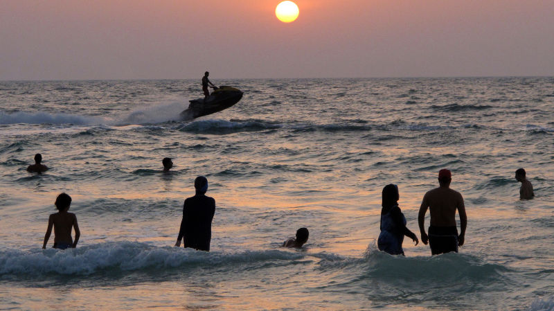 Bacterial Levels in Florida Beaches Continue to Rise - Boca Raton's